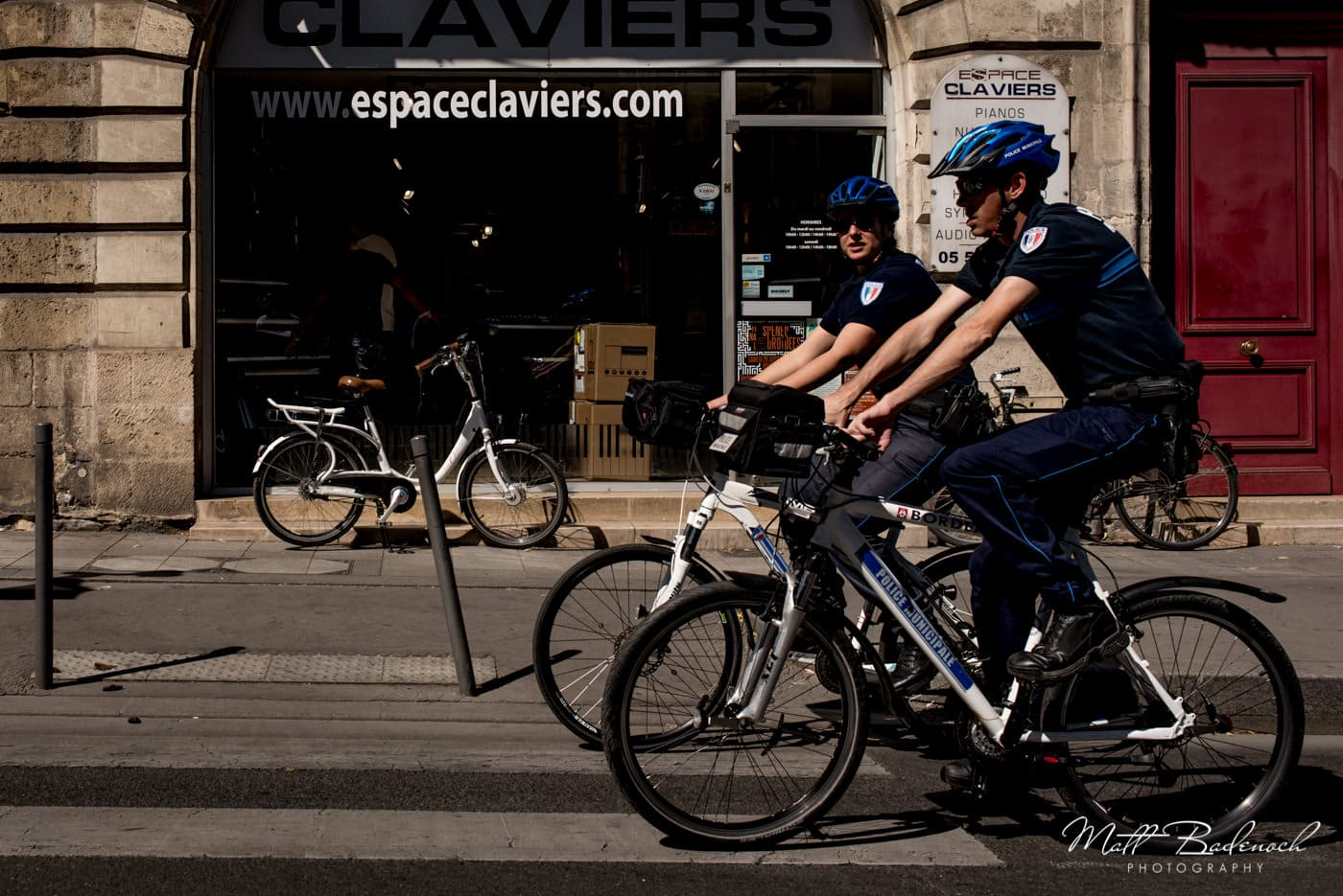 police on bikes in bordeaux | bordeaux street photography