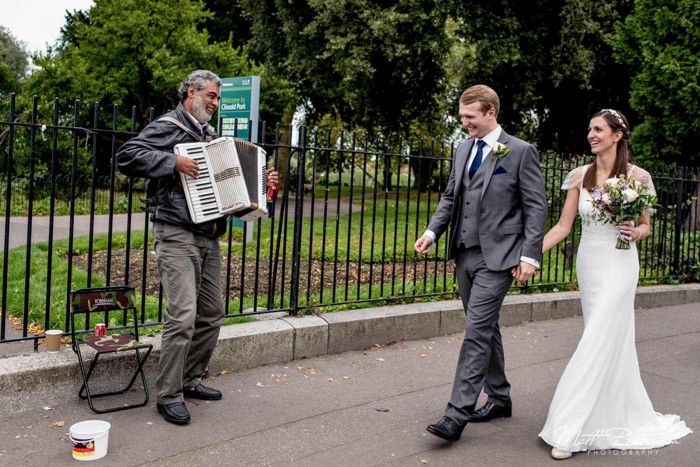 fun london wedding photography in stoke newington