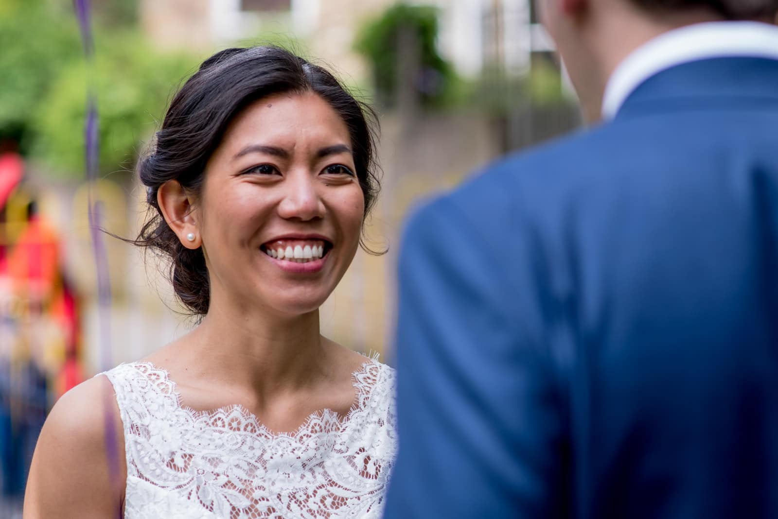 first look for Chinese bride and groom at their London Fields Brewery Wedding