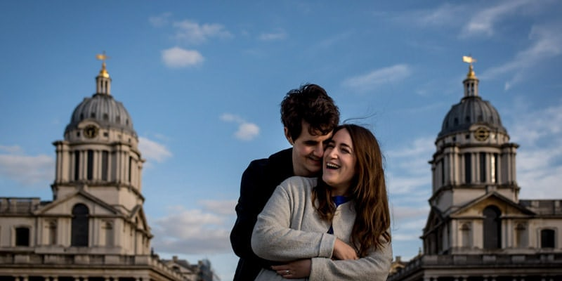 Photo of couple who proposed at greenwich in London