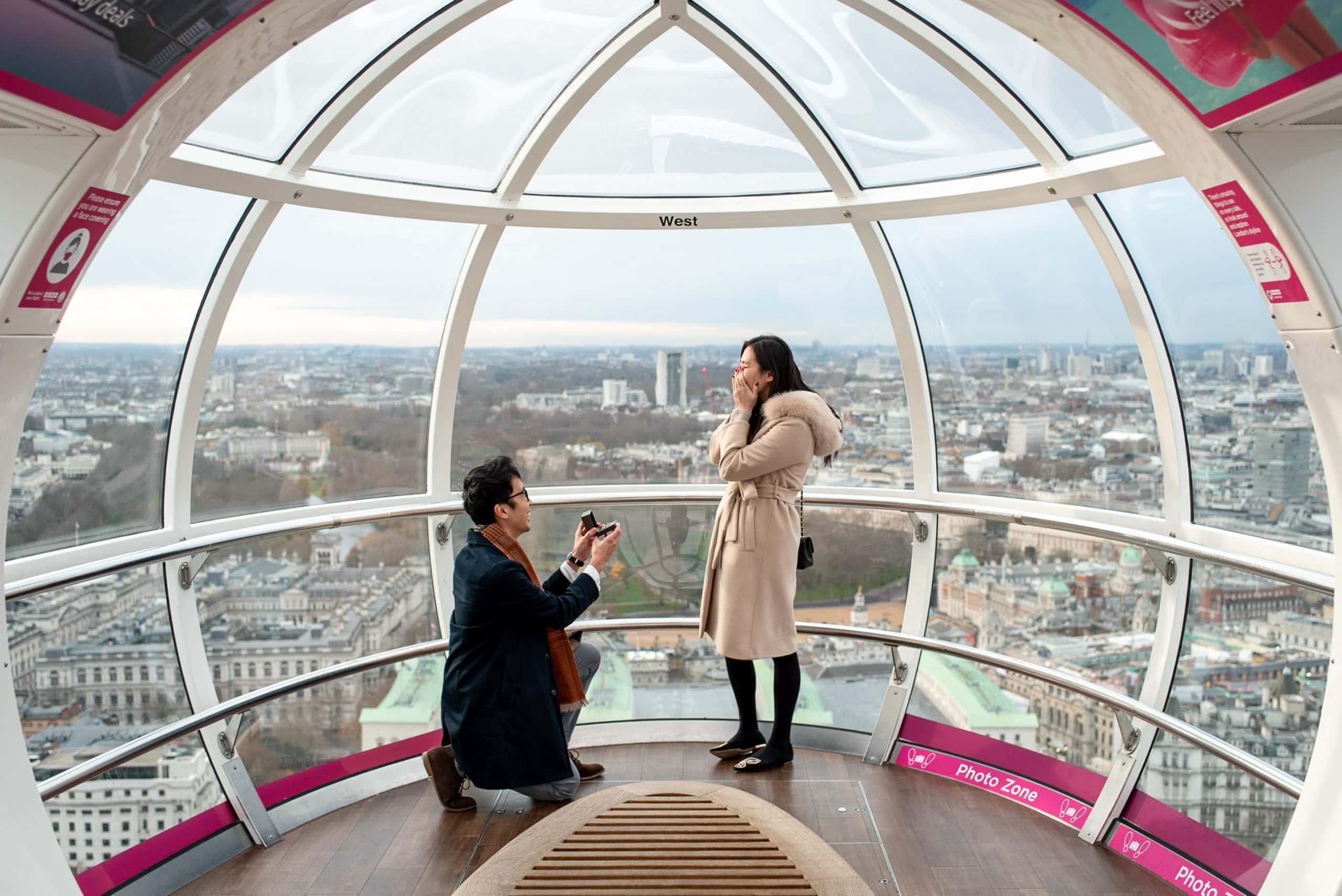 Man asking his girlfriend to marry him taken by London proposal photographer Matt Badenoch